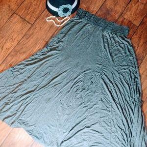 Dresses & Skirts - 💥💗EUC!!! Plus Size Maxi Skirt💗💥